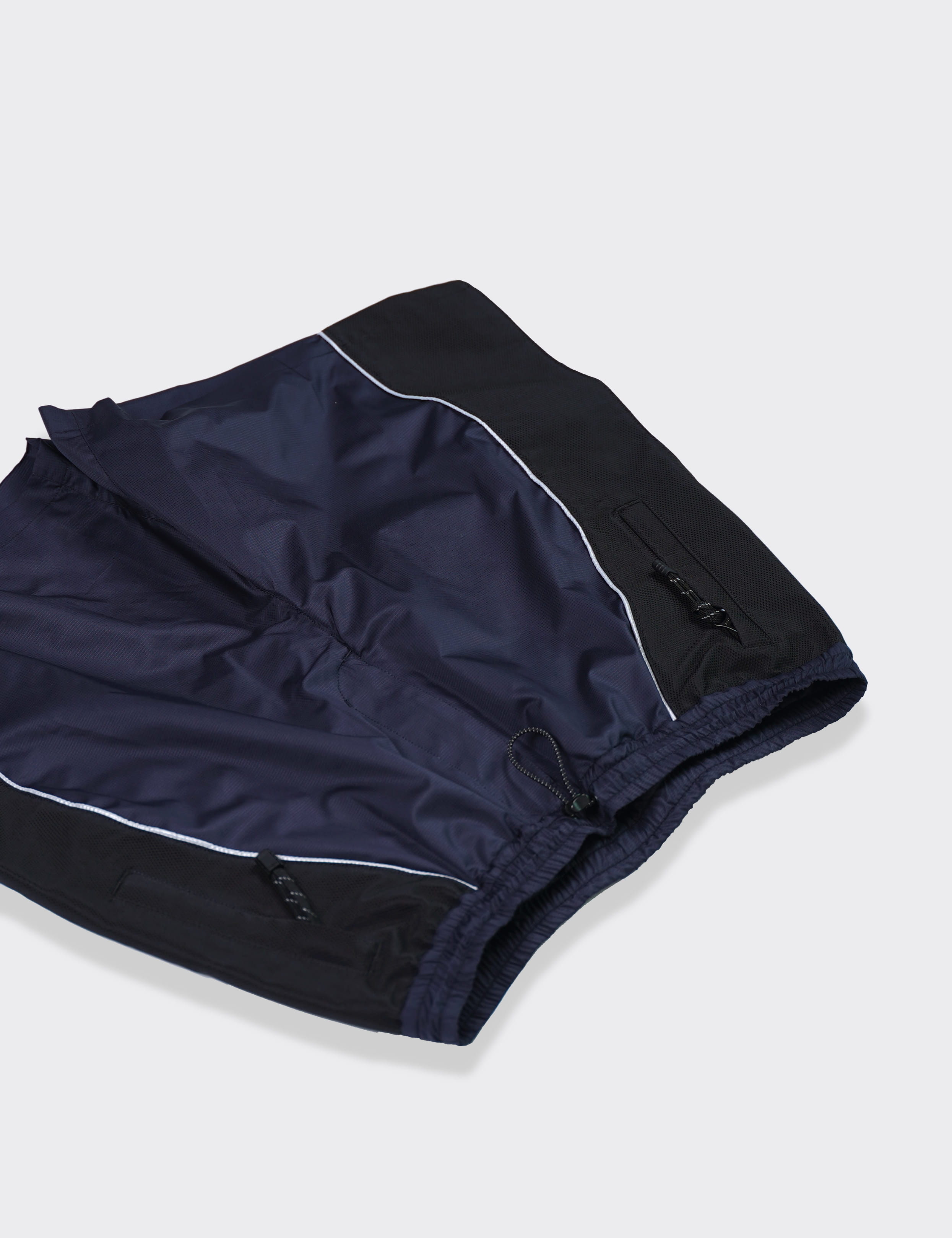 Name. : NYLON MOUNTAIN SHORTS (NAVY)