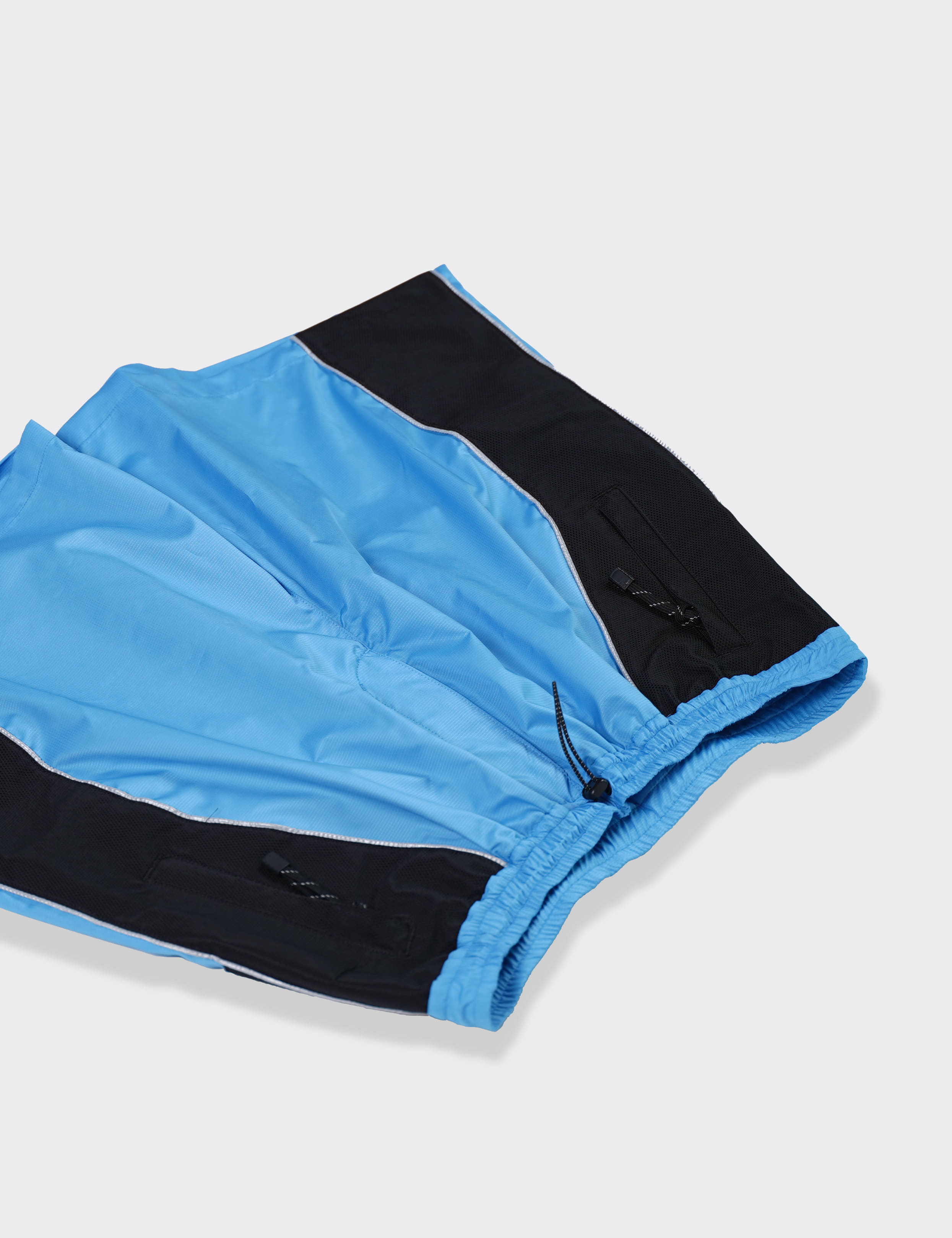 Name. : NYLON MOUNTAIN SHORTS (SAX)