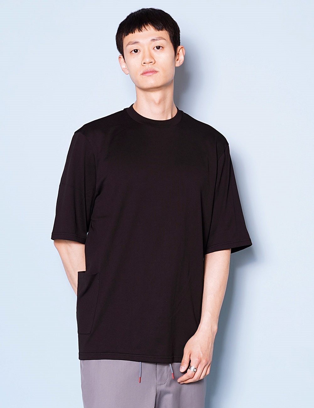 DIGAWEL : POCKET T-SHIRT (BLACK)