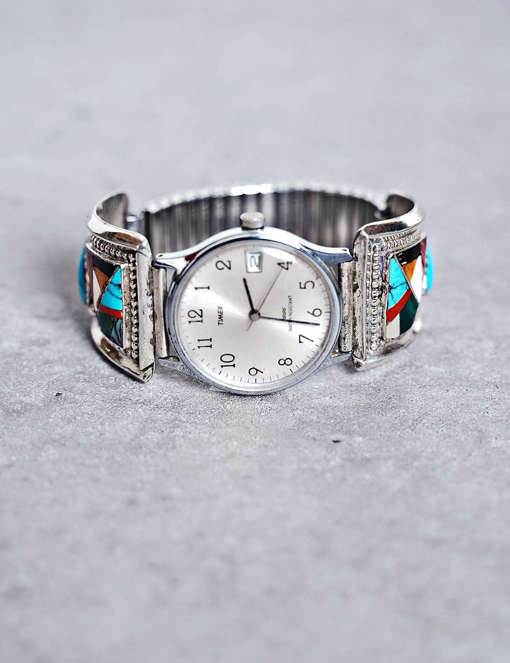NATIVE AMERICAN JEWELRY : VINTAGE MULTISTONE & SILVER WRIST WATCH